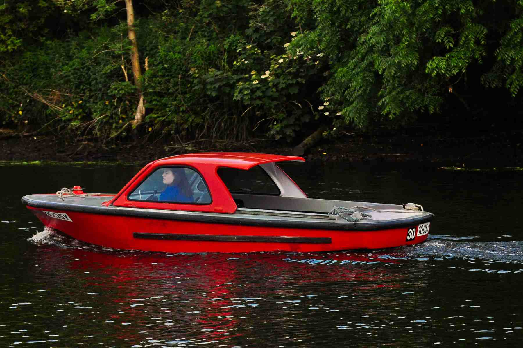 Electric Day Boat for Hire